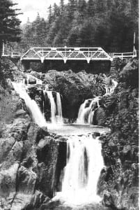 Vintage postcard of Split Rock Falls.