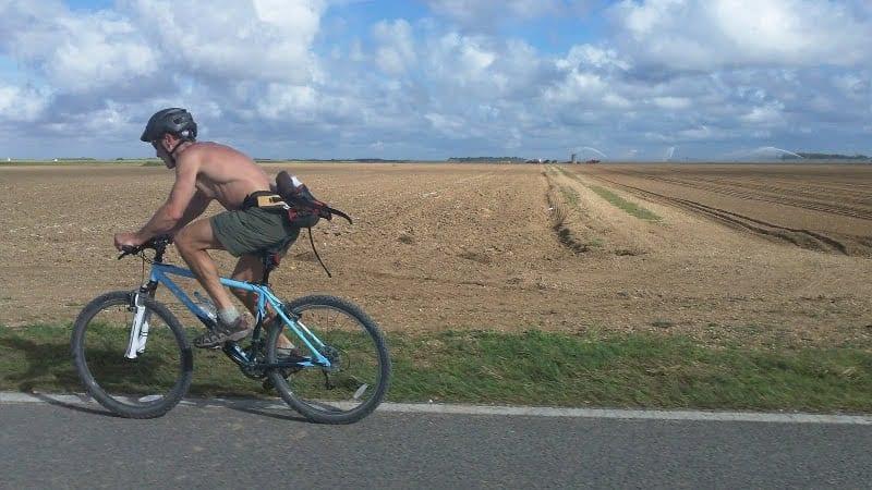 John Davis bikes through Florida. Photo by Ron Sutherland.