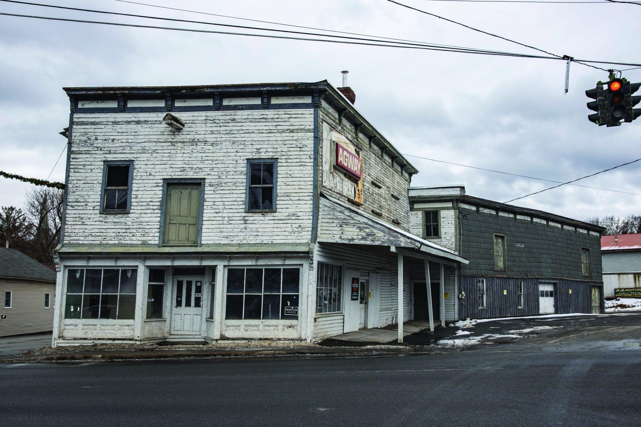 Ticonderoga zombie property, by Mike Lynch