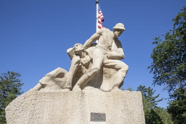Question: In which town does this veterans' memorial reside?  Answer: Long Lake.